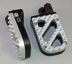 Wide Motorcycle Foot Pegs, Black Anodized with Hunter Tread